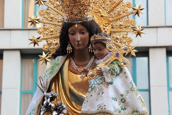 imagen-peregrina-de-la-Virgen-de-los-Desamparados