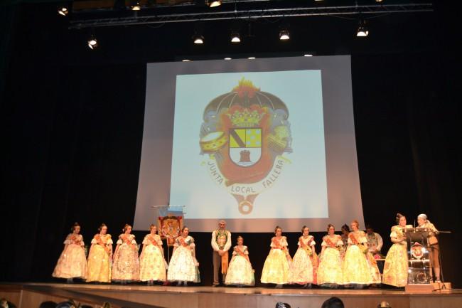 Candela Pastor preside la Gala Fallera Infantil 2015 de Denia (2)