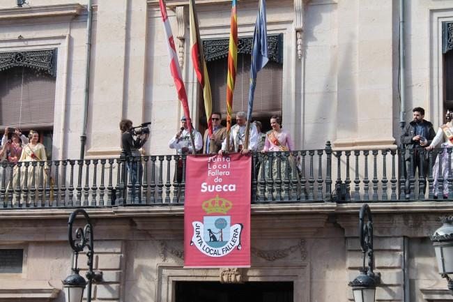 Eila Colomar proclama el inicio de las Fallas 2015 (2)
