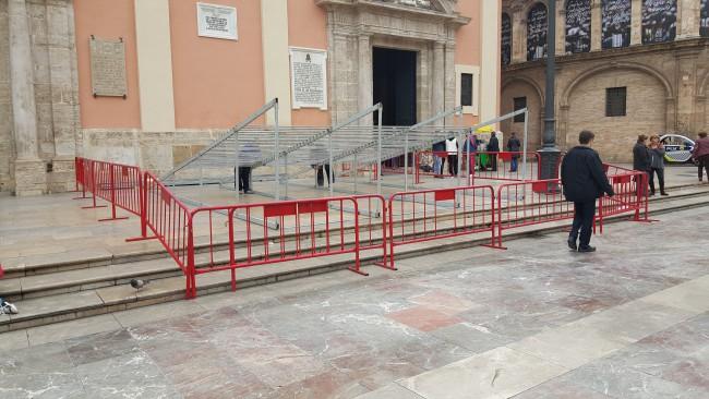 plaza de la virgen 1 20160309_112335 (2)
